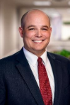 Dennis M. Carnelli commercial litigation and contract law attorney in New Haven CT